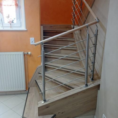 habillage escalier rustique