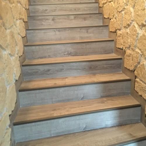 Habillage sur escalier béton
